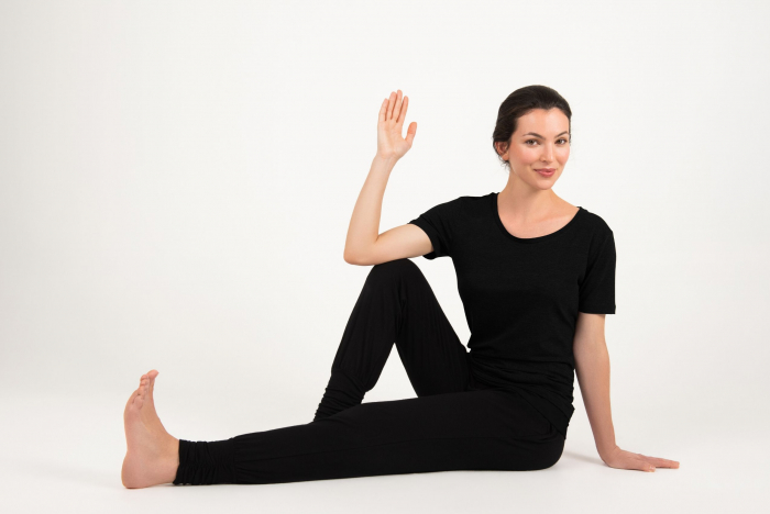 Best Yoga Classes For At Home Practice [VIDEO]
